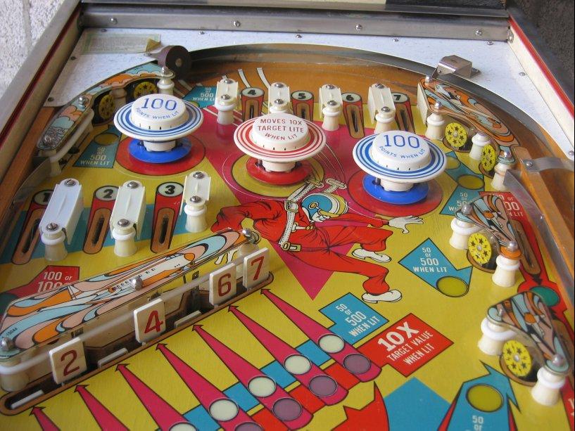 Gottlieb Sky Jump Pinball Machine